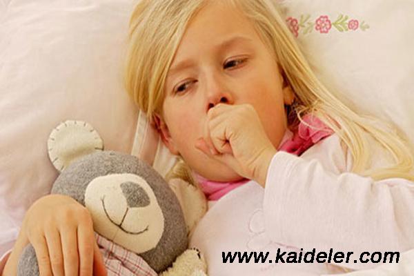 öksüren çocuğun öksürüğünü geçirme, öksürük durdurma yolları, öksüren çocuğun öksürüğünü durdurma